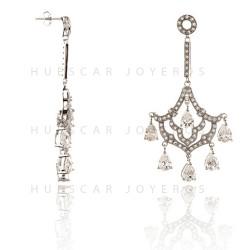 Pendientes de plata diseñados a la última moda